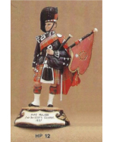 No.012 - Pipe Major 2nd Battalion  Scots Guards 1937 Kit/ Unpainted
