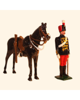 034b 4 Toy Soldier Dismounted Trooper with Horse The 11th Prince Alberts Own Hussars Kit