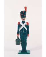N2-9 Toy Soldier Gunner with water bucket at attention French Foot Artillery 1810 Kit
