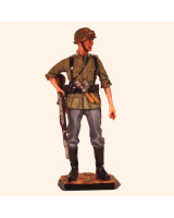 RC110 03 German Private Infantry Russia 1943 Painted