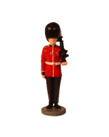 RPWM01 Scots Guards private at attention with SA80 rifle Painted