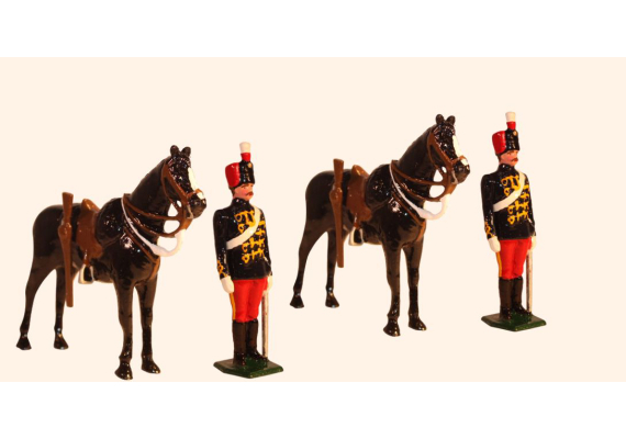 036b Toy Soldiers Set Two Troopers at attention with their Horses Painted