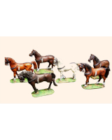 Willie Box 001 - 1D Continental Horses Standing Kit