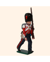 0111 3 Toy Soldier Guardsman Marching Coldstream Guards Kit
